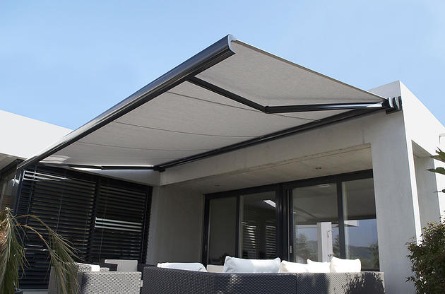 Outdoor Blinds – The 3 Types of Folding Arm Awnings